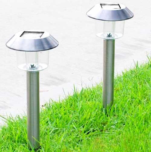 Lampade solari da giardino guida all 39 acquisto con prezzi - Lampioni da giardino fotovoltaici ...