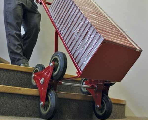 Carrello per scale a 3 ruote